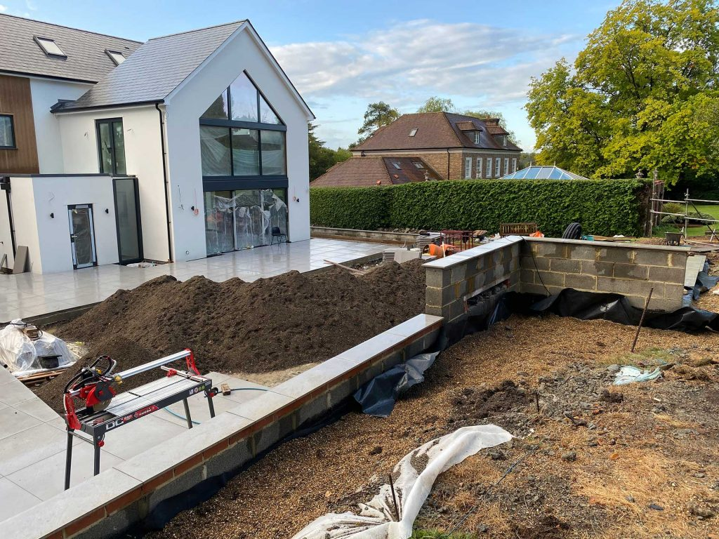 LANDSCAPING AND GARDEN DESIGN IN THE SOUTH EAST